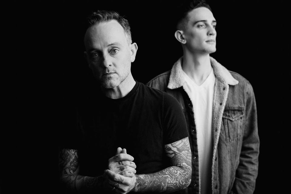 Dave Hause with Tim Hause am 4. February 2020 @ St. Matthäus Kirche.
