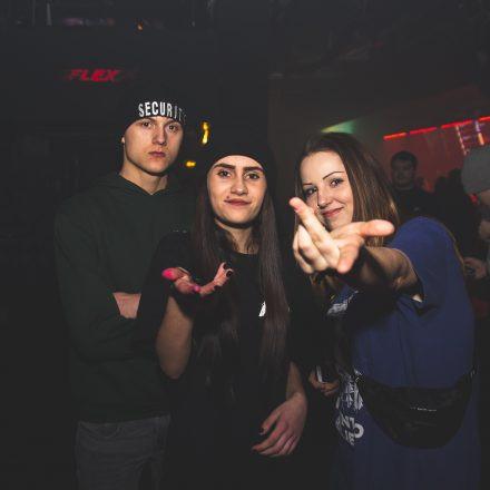 THE HIVE pres. Maduk, Whiney & MC Mota @ Flex