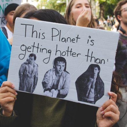 Klimavolksbegehren goes Earth Strike @ Praterstern