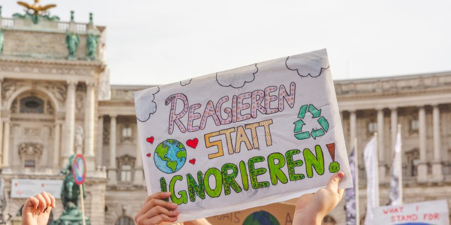 Klimavolksbegehren goes Earth Strike @ Praterstern