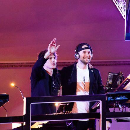 Camo & Krooked x Kolonovits & Orchester
