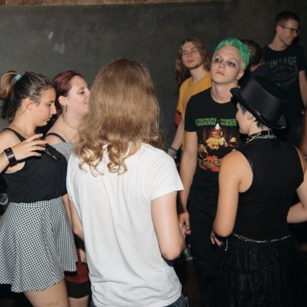 Oldschool Goa Party @ Weberknecht Wien