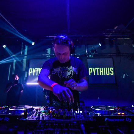 Fasten Your Seatbelts w/ Pythius @ Warehouse