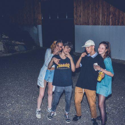 Bauernhof Rave für Krisi & Ayla