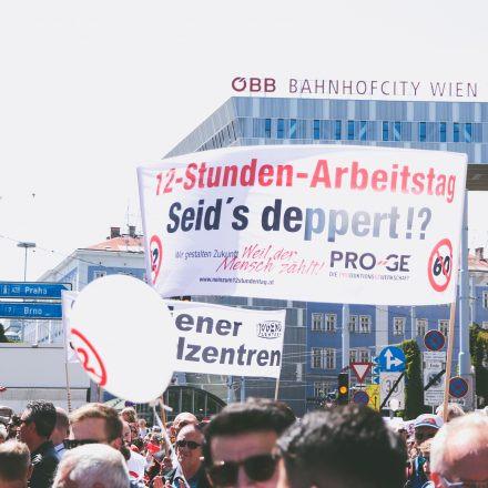 Demo - Nein zum 12-Stunden-Tag @ Wien