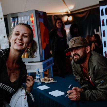 Nova Rock Festival 2018 – Day 2 – Autogrammzelt @ Pannonia Fields
