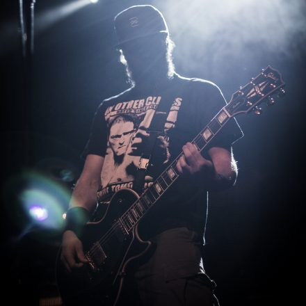 Madball, Risk It!, Owe You Nothing @ Arena Wien