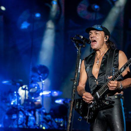 Scorpions @ Burg Clam