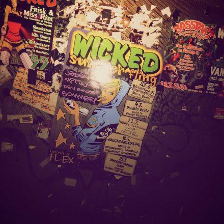 Wicked Summer Fling @ Flex