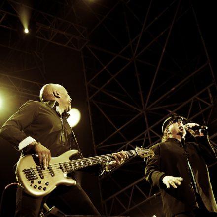 Toto & Opus @ Arena Wien