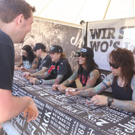 Nova Rock Festival 2014 - Autogrammzelt @Pannonia Fields II