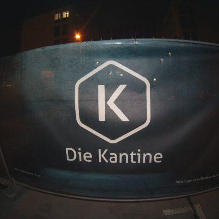 lunchbox /w Austrian Apparel @ dieKantine