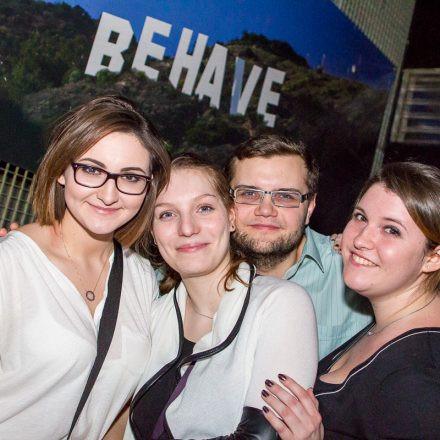 Behave! No Limit @ U4