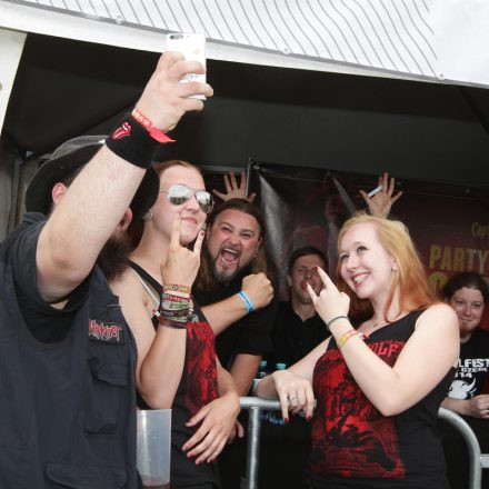 Volume Autogrammzelt powered by Captain Morgan @ Nova Rock 2015