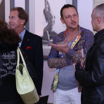 Jürgen Fux – BUBBLE GUM & John Wieser – AKT UND PERFEKTION @ Die Schöne