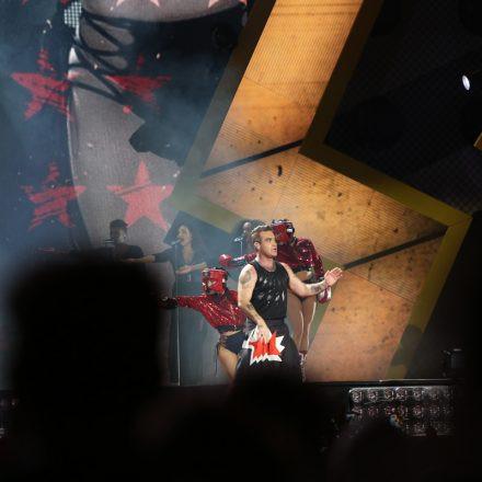 Robbie Williams - The Heavy Entertainment Show @ Happelstadion Wien