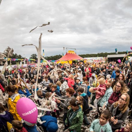 Lollapalooza Berlin 2017 [Day 1] @ Rennbahn Hoppegarten