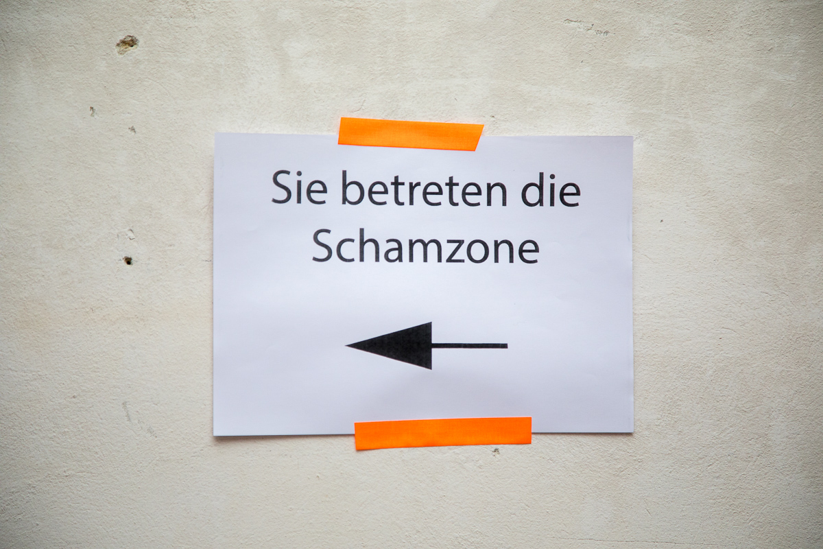 Night Of Shame @ Die Schöne Wien