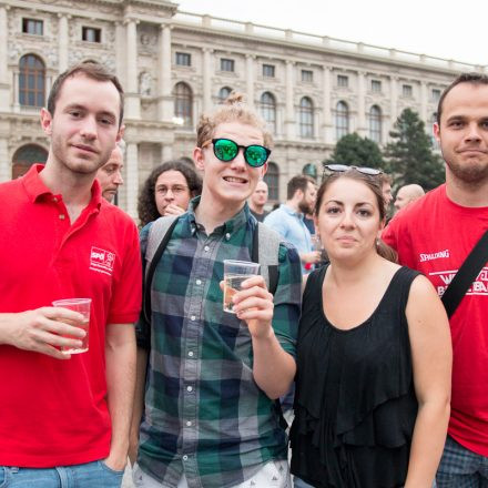 Man bringe den Spritzwein - Anstoß zum Abschluss @ Maria-Theresien-Platz Wien