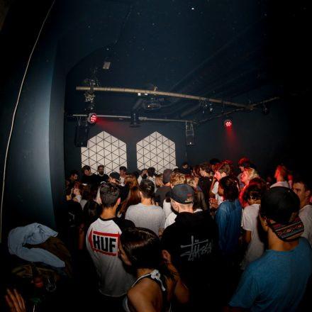 :overdose//24/9/#4 @ Dual Wien
