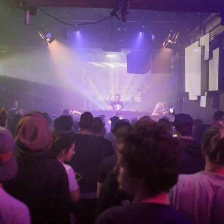 Highscore w/ Zombie Cats and Akov @ Fluc Wien