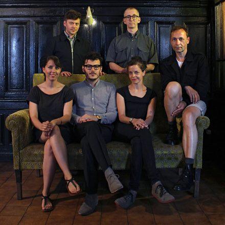 Familie Lässig - Im Herzen des Kommerz - Tour